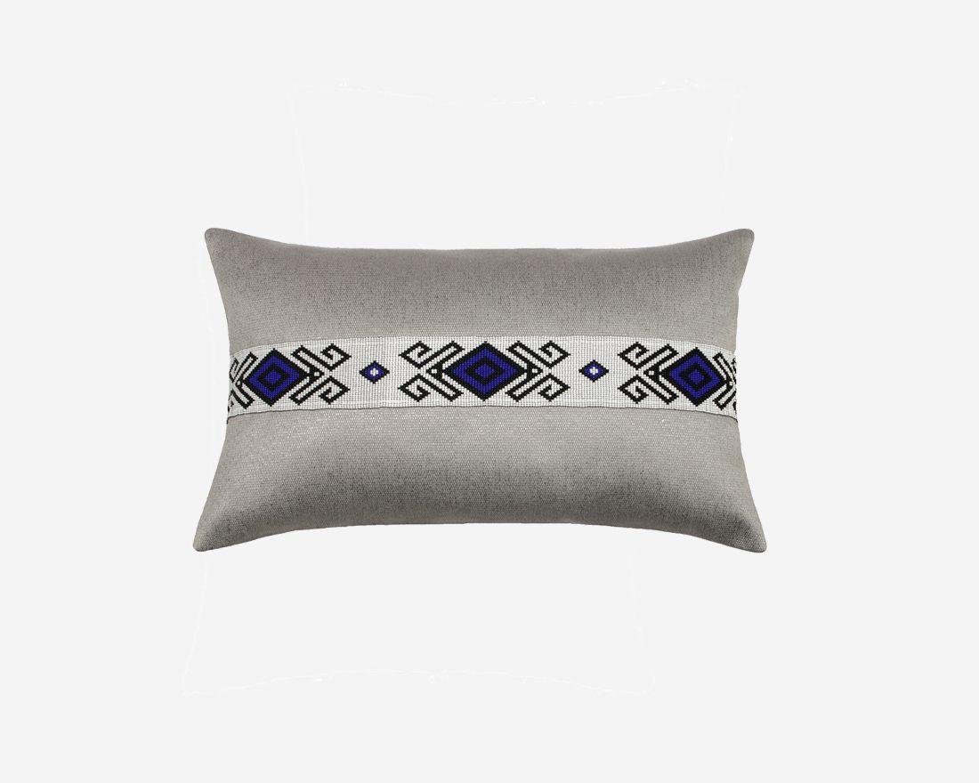 cojines-decorativos-funda-gris-plateado-con-perlas-textura-suave-majestad