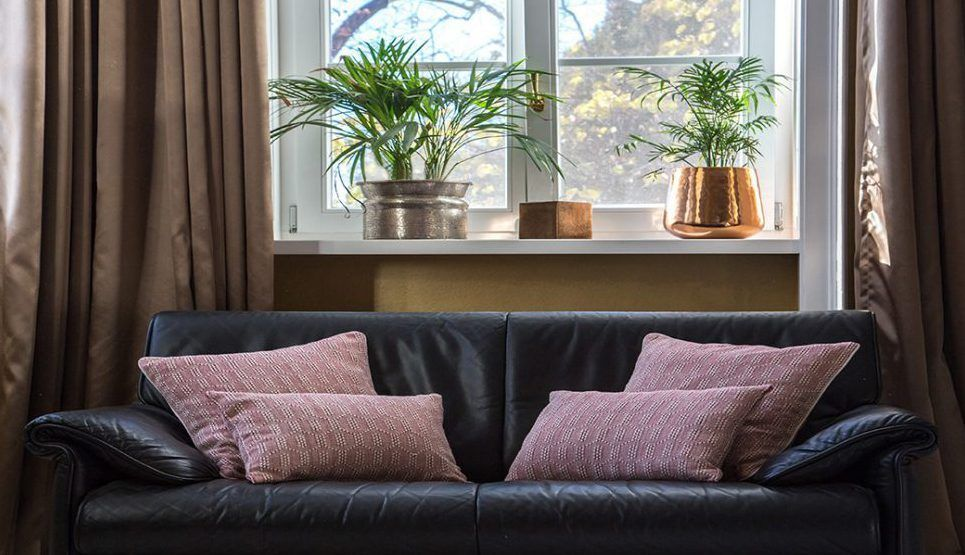 red-cushion-cover-45x45cm-mystura