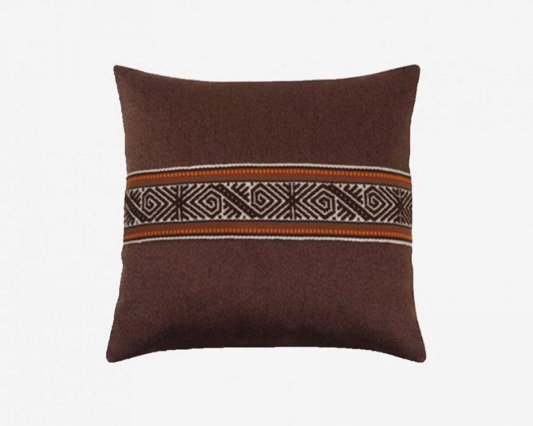 cojines-etnicos-colores-naturales-terracota-45x45-tejido-geométrico