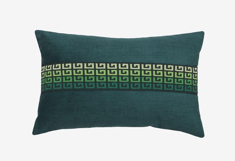 cojín-terciopelo-verde-con-perlas-majestad