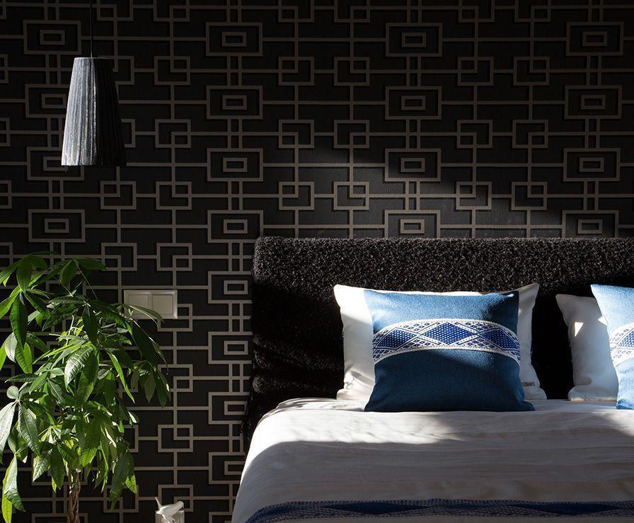 cushion-cover-lapislazuli-color-bed-majestad