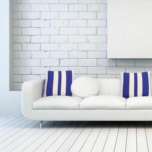 cojines-para-sofa-blanco-fundas-a-rayas-azul-solar