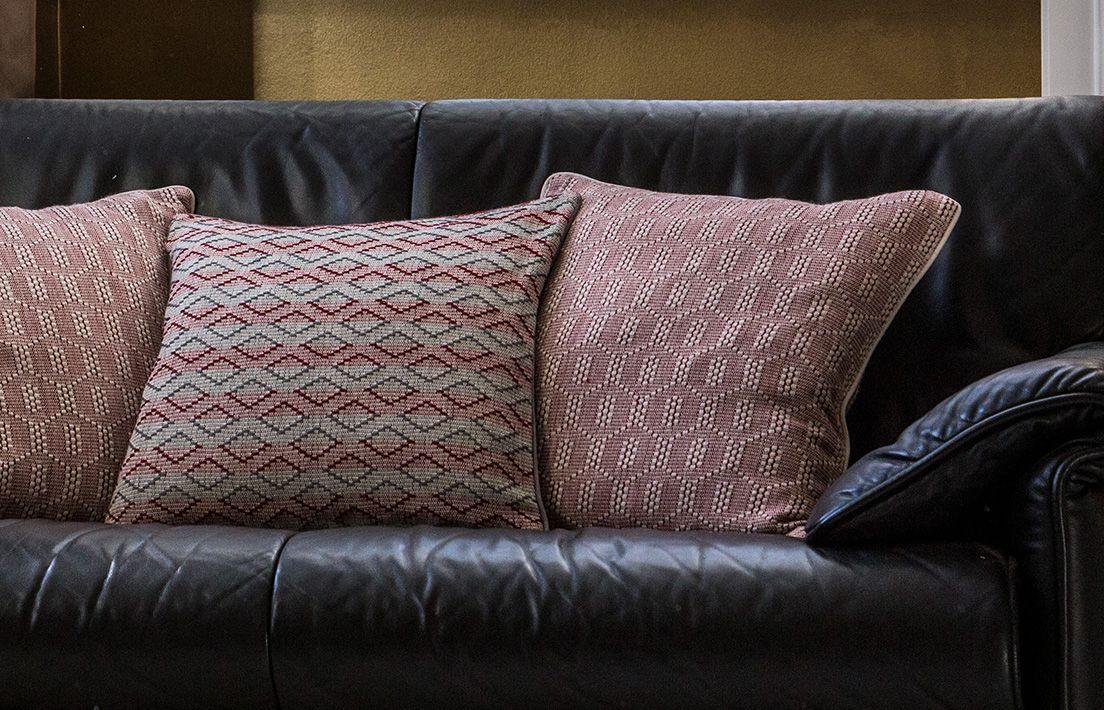 cushion-cover-red-mystura