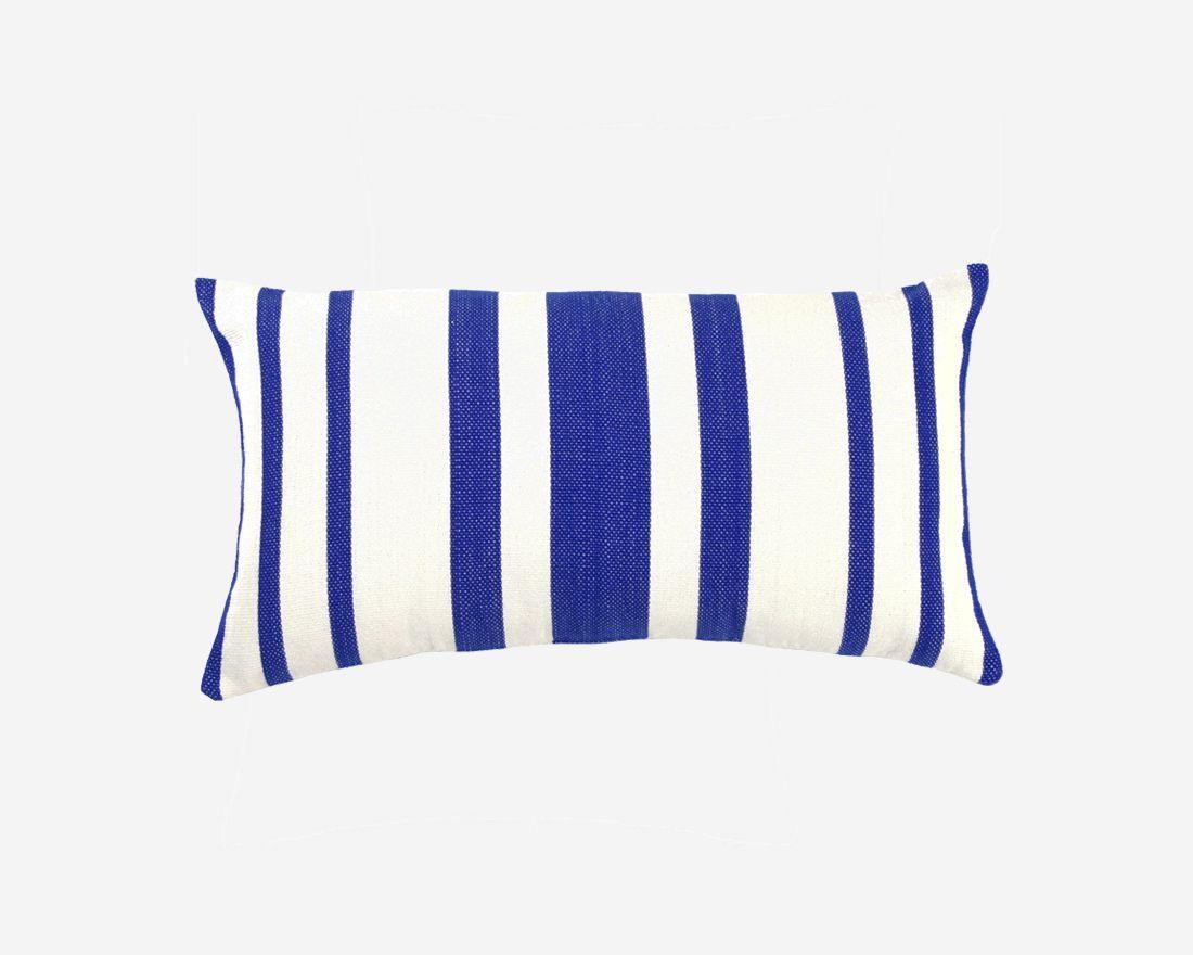 cojines-originales-fundas-coloridas-a-rayas-azules-solar