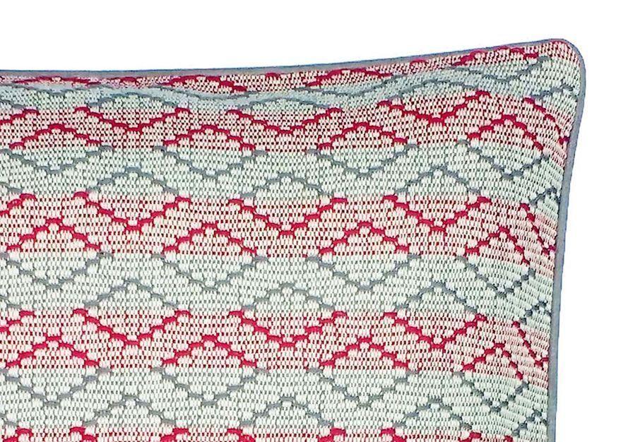 detalle-cojín-mystura-rombos-bicolor-45x45cm